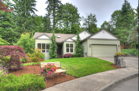 Sandy Oregon One Level Home with Extra Large Lot 97055