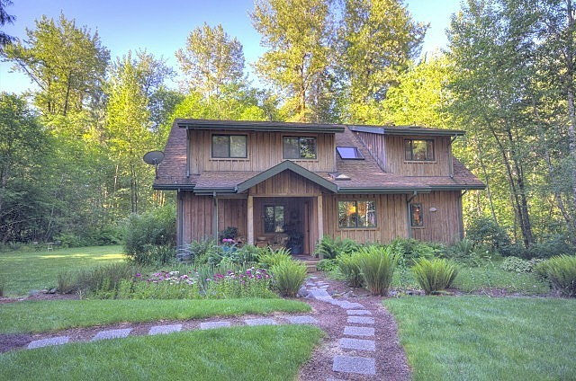 Mt. Hood Lodge Like Home on Chippawa in Rhododendron Oregon