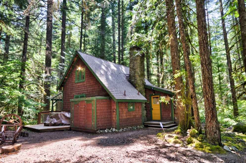 Camp Creek Cabin in the Mt. Hood National Forest Government Camp