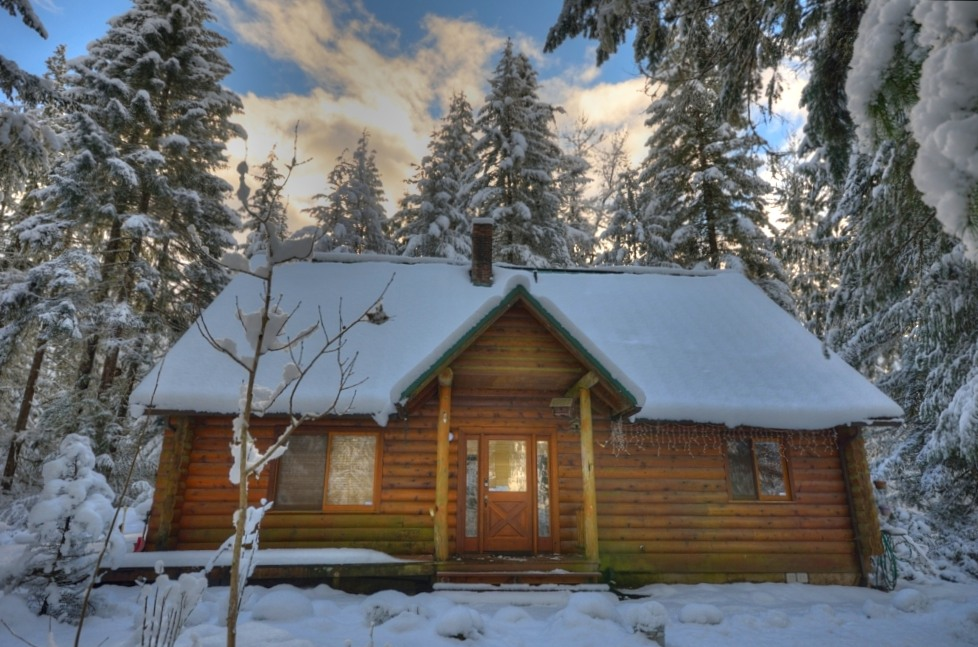 Mt. Hood Log Home on 10 Acres in Rhododendron Oregon 97049