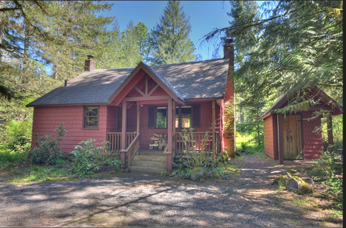 1935 classic cabin along the Sandy River in Welches Oregon 97067