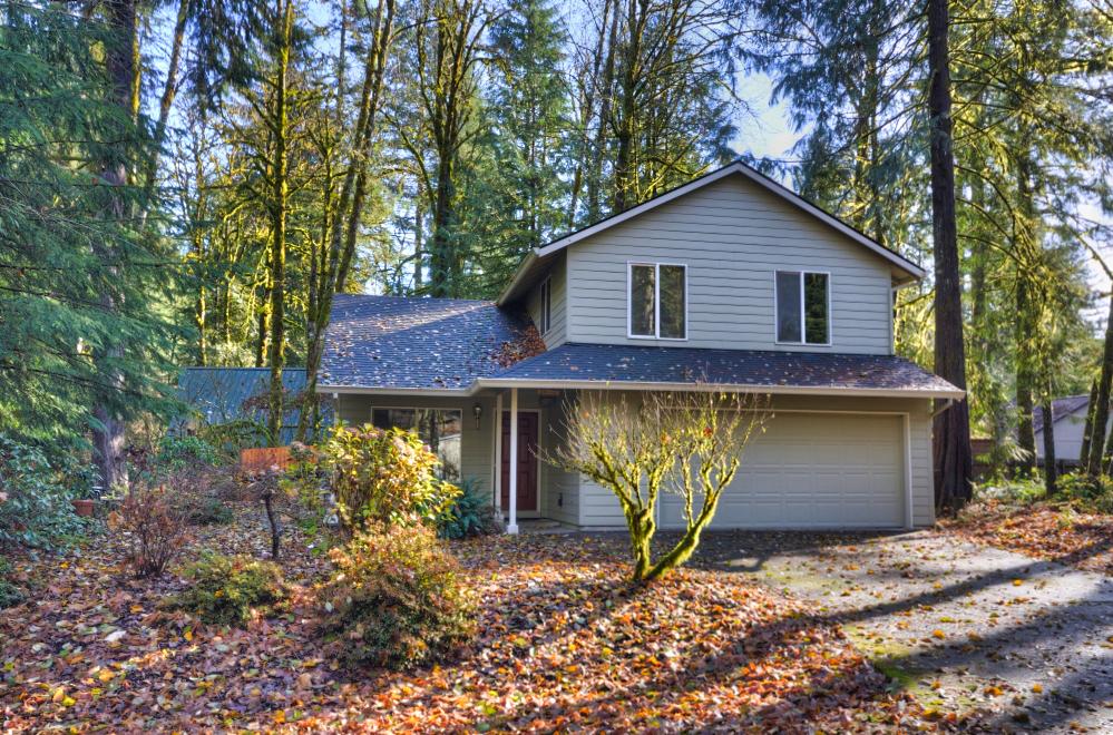Four Bedroom home in Rhododendron Oregon  near Hackett Creek