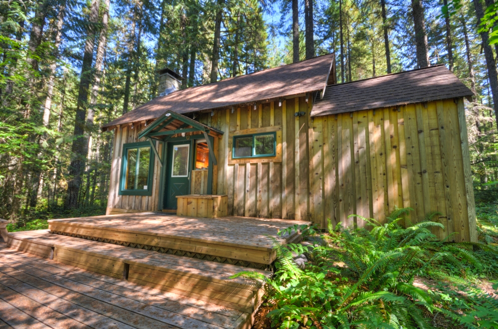 Mt. Hood National Forest  Cabin in 97028 Zipcode on Camp Creek