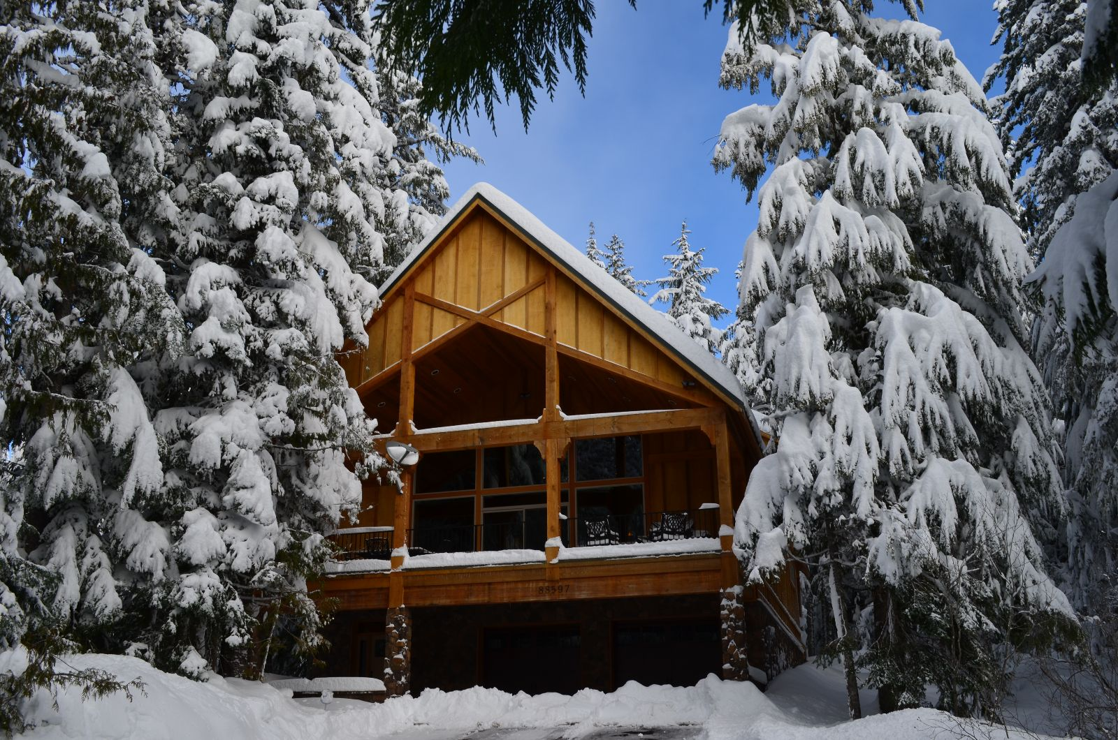 Alpenglade ski chalet in Government Camp just reduced