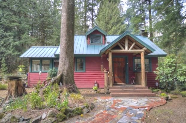 Mt. Hood 1935 Cabin in Brightwood Oregon