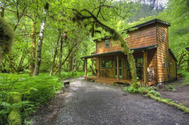 Mt. Hood Still Creek Cabin for sale