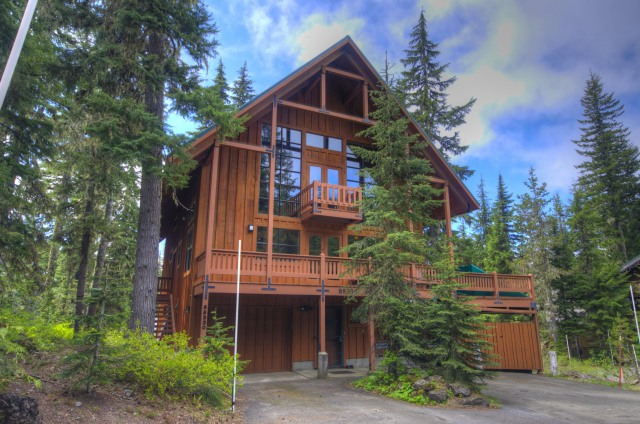 Alpenglade Lodge in Government Camp
