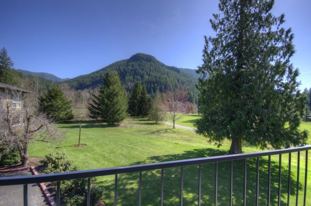 Hunchback Mountain From Mt. Hood Fairway Estates Condo