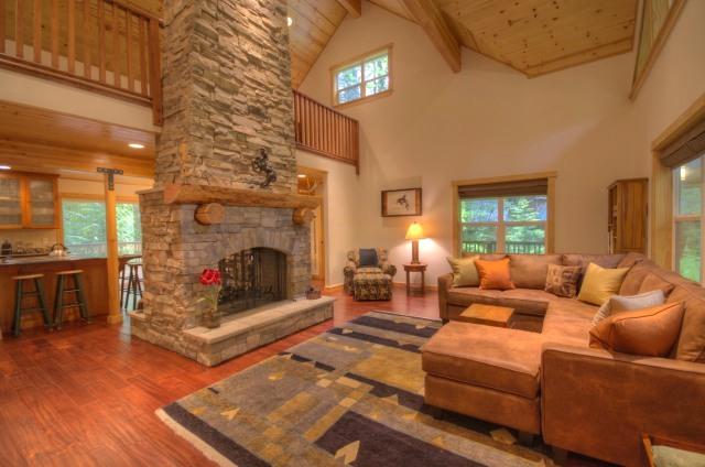 Custom Built Three Bedroom Home on Boulder Creek in Brightwood Oregon on Mt. Hood