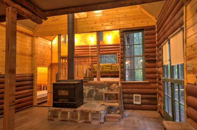 Mt. Hood National Forest cabin