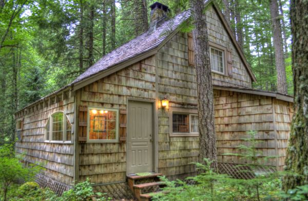 Leased land cabin in the Mt. Hood National Forest