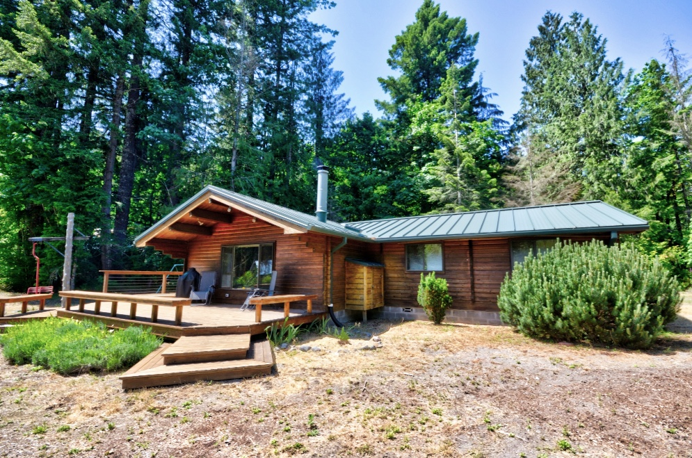 Log Cabin on the Sandy River