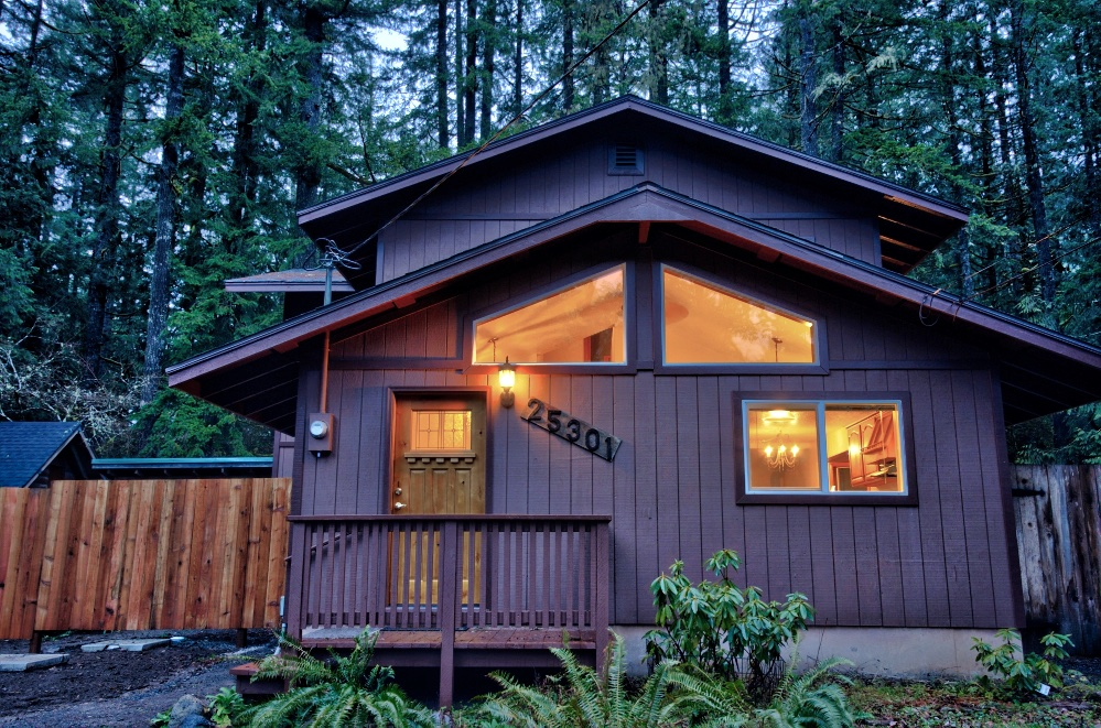 Three Bedroom home in Rhododendron, Oregon 97049