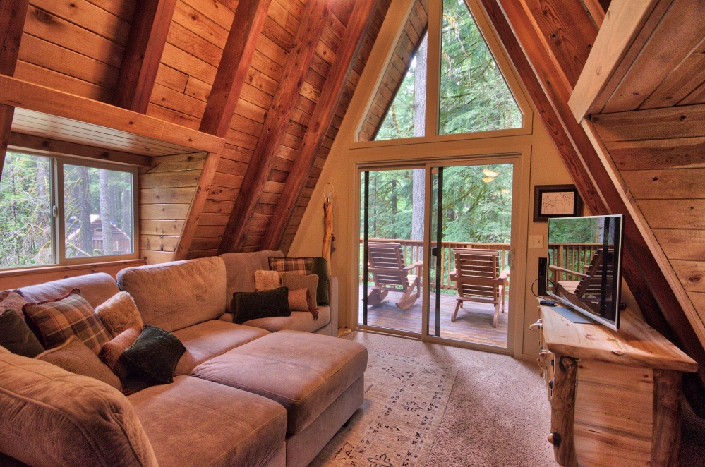 Mt. Hood Living Room A-frame cabin on the Zig Zag River