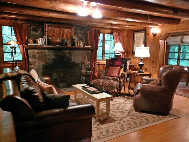 Mt. Hood Steiner Log Cabin for sale